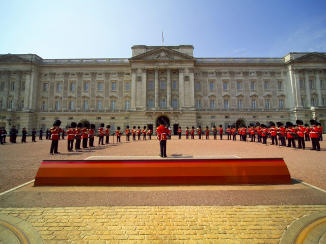 England, London, Buckingham Palace, Changing of the Guards
