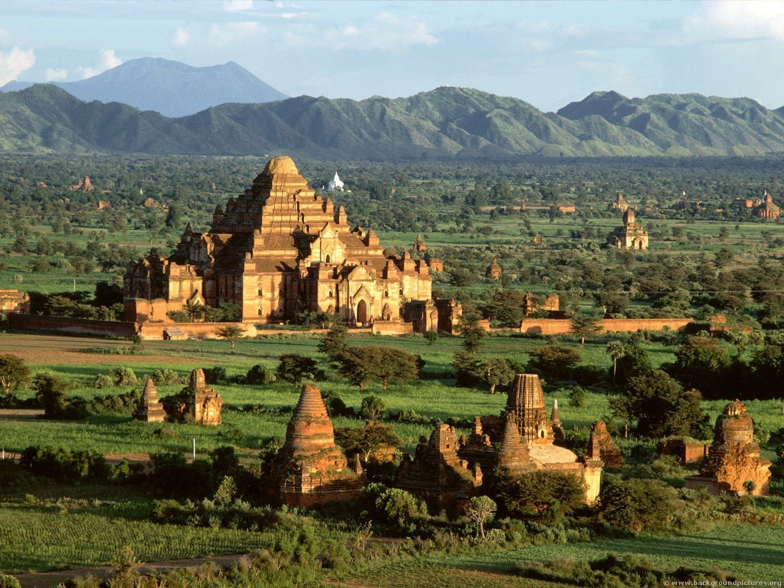Three Jewels of Myanmar, Bagan Temples