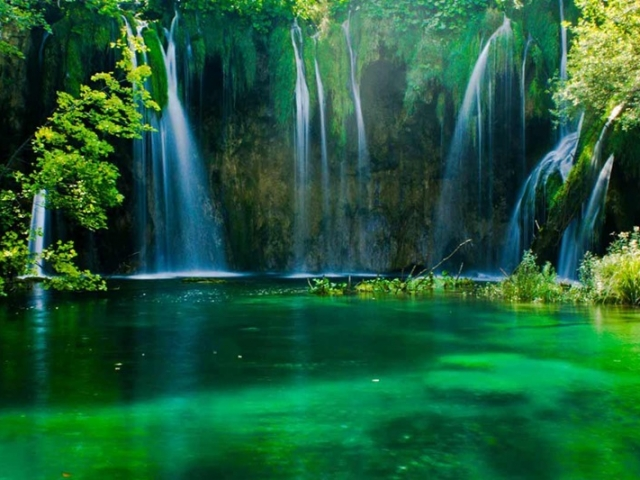 Balkan Delight | Plitvice National Park, Croatia