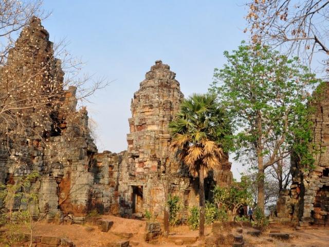 Cambodia Overland, Battambang, Phnom Banon