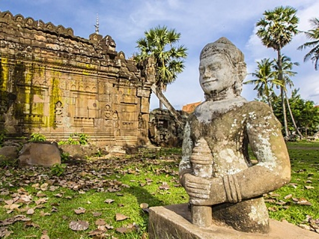 Cambodia Essential, Kampong Cham, Wat Phnom Nokor