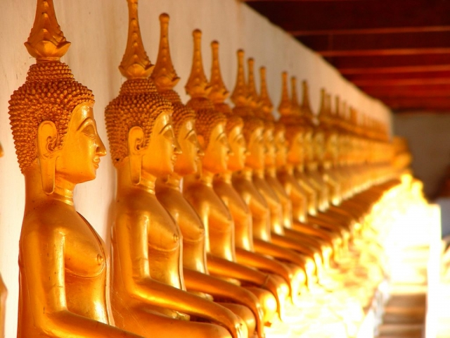 Pandaw Cruises - Laos Temple