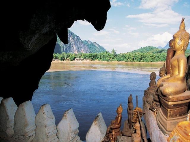 Luang Prabang, Pak Ou Caves