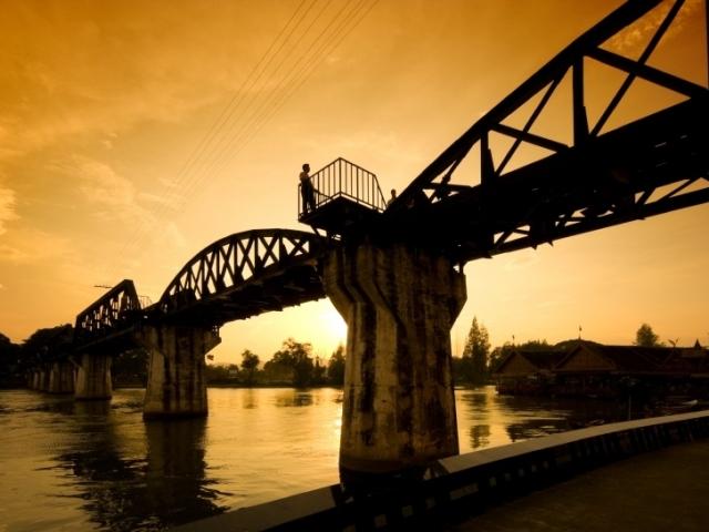 River Kwai Discovery, Kanchanaburi, Historic Riwer Kwai Bridge