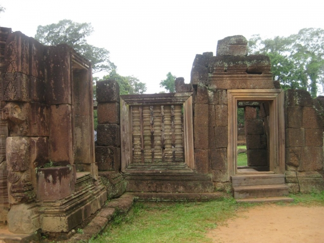 Siem Reap & The Legendary Angkor Wat, Banteay Srey Temple