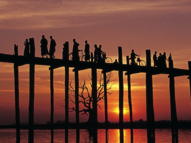 Sunset U Bein Bridge Amarapura