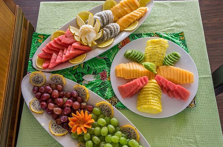 Fresh Fruits Served