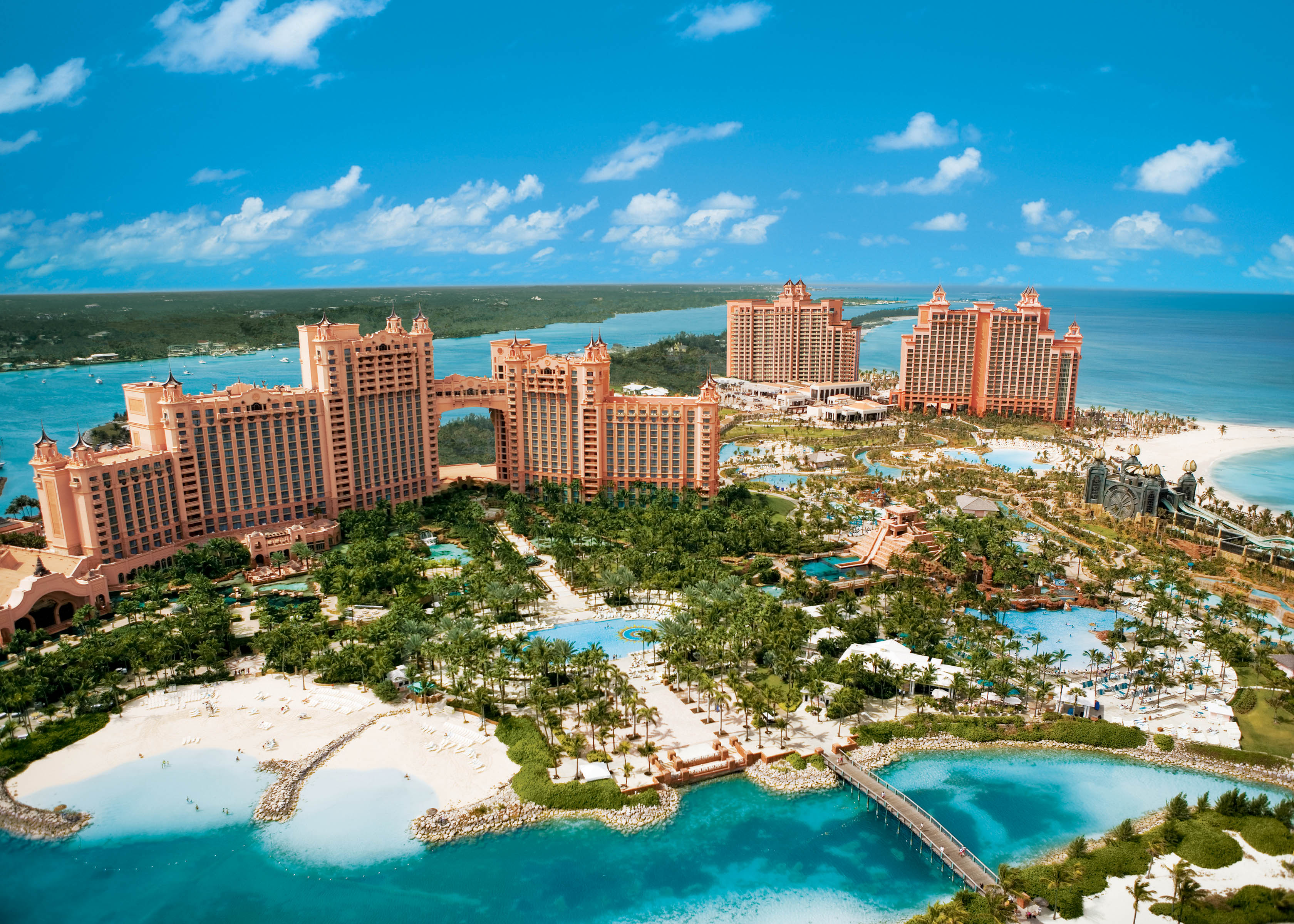 Nassau, The Atlantis Complex