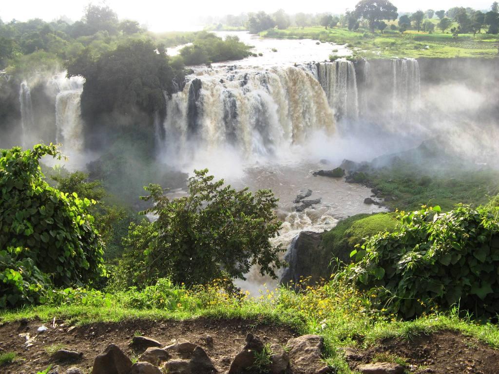 Bahir Dar, Tis Isat Falls (Blue Nile Falls)