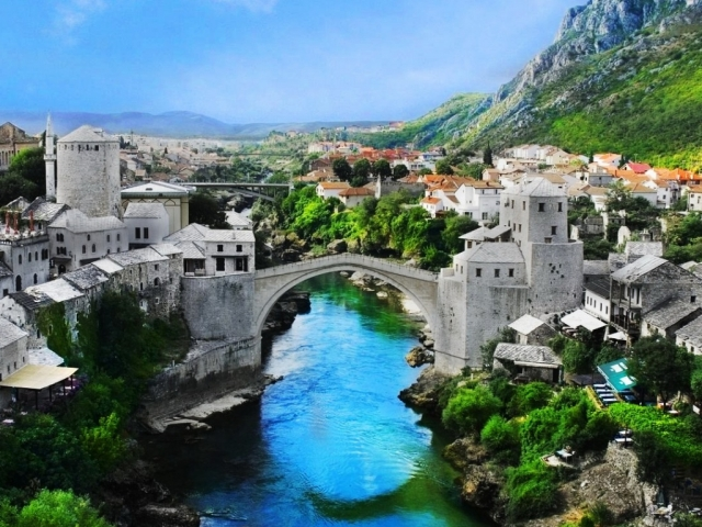 Bosnia, Mostar, Mostar Bridge
