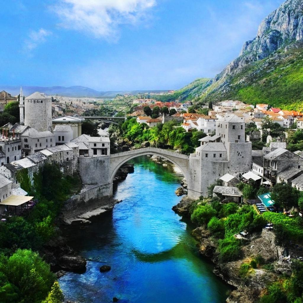 Bosnia, Mostar, Mostar Bridge