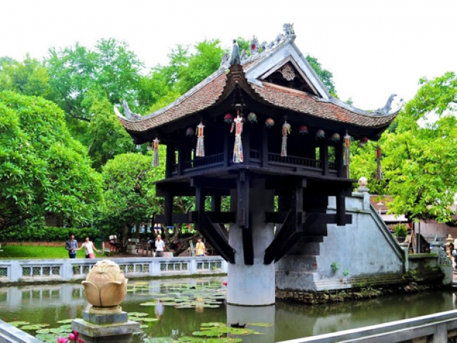 Vietnam Essential, Hanoi, One Pillar Pagoda