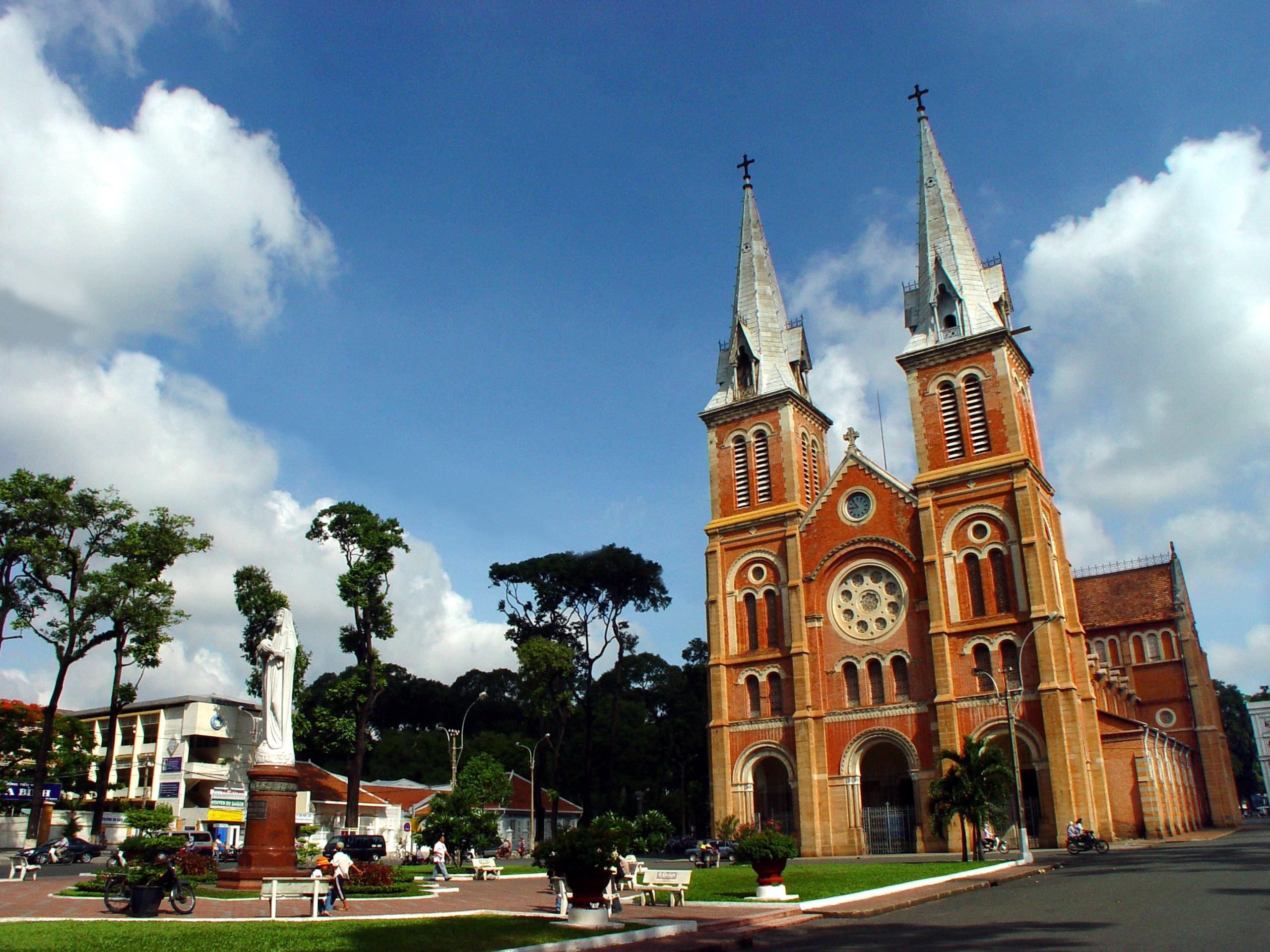 Ho Chi Minh City, Norte Dame Cathedral