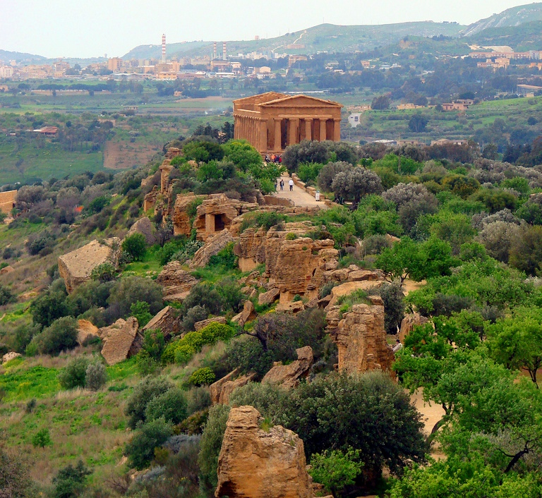 Italy, Siciy, Agrigento, Valley of the Temples
