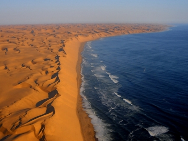 Namibia, Sosseusvlei, Desert mets Sea