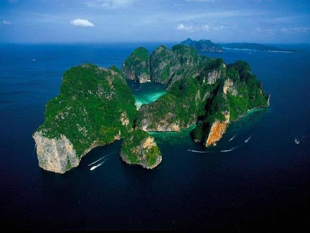 Phi Phi Island, Maya Bay