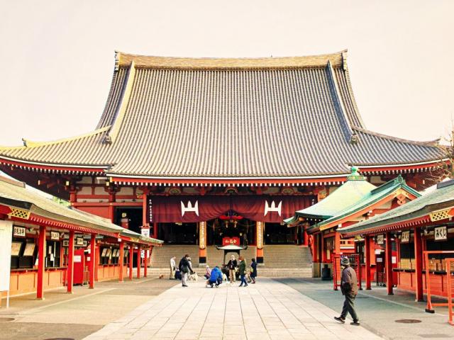 Tokyo with Mt. Fuji | Sensō-ji Buddhist temple in Asakusa