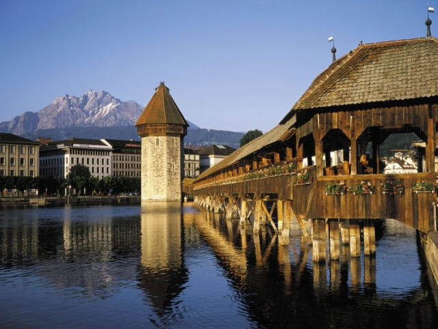 Best of Switzerland - Chapel Bridge, Lucerne, Switzerland