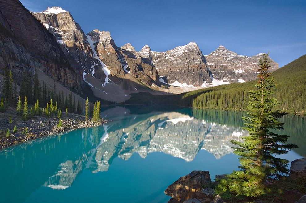 Canada, Banff National Park, Lake Moraine