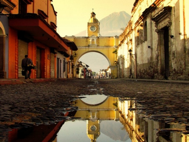 Guatemala Highlands, Antigua, Arco Santa Catalina