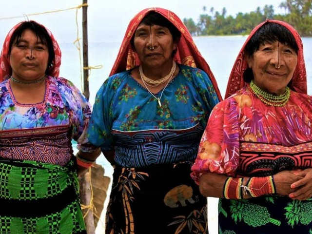 Panama, San Blas Islands, Kuna Community