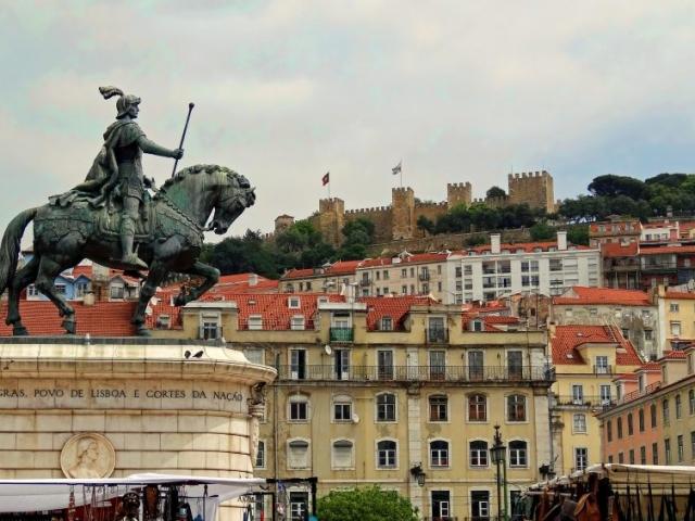 Portugal, Lisbon, Praca da Figueira & St. Jorges Castle