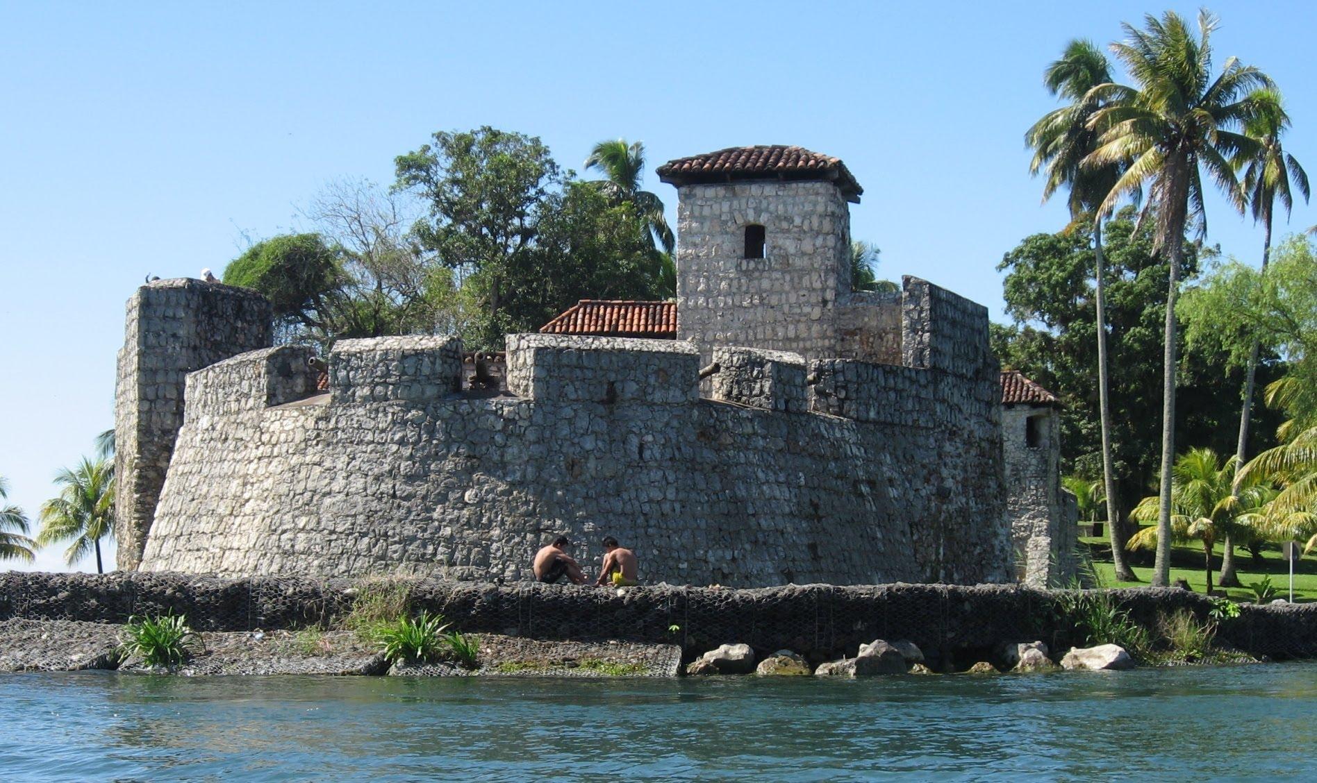 Quatemala, Rio Dulce, San Felipe Castle