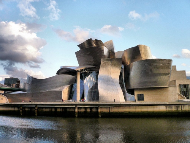 Northern Spain, Guggenheim Museum, Bilbao, Spain