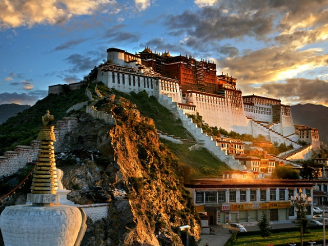 Tibet, Lhasa, Potala Palace