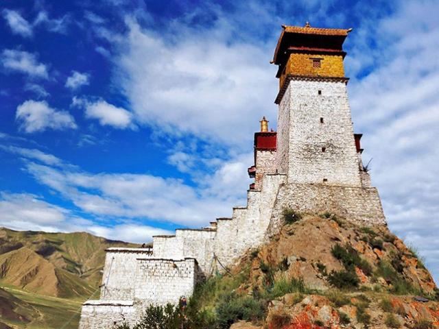 Classic Tibet - Yumbulagang Palace, Tsedang, Tibet