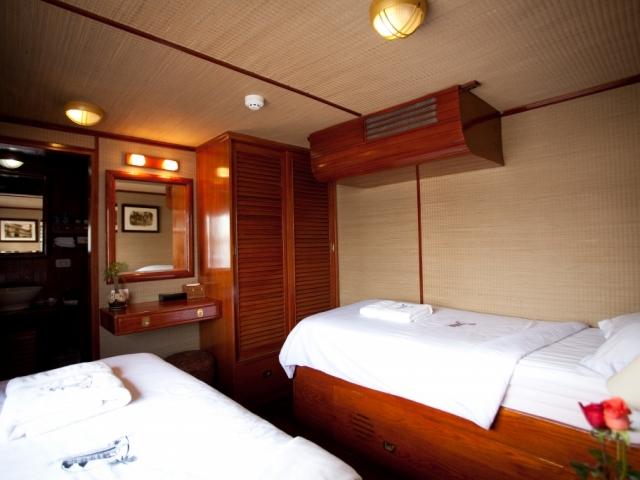 RV Toum Tiou II, Cabin