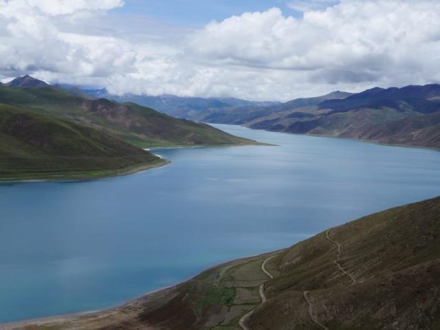 Classic Tibet - Yamdrok Lake, Tibet