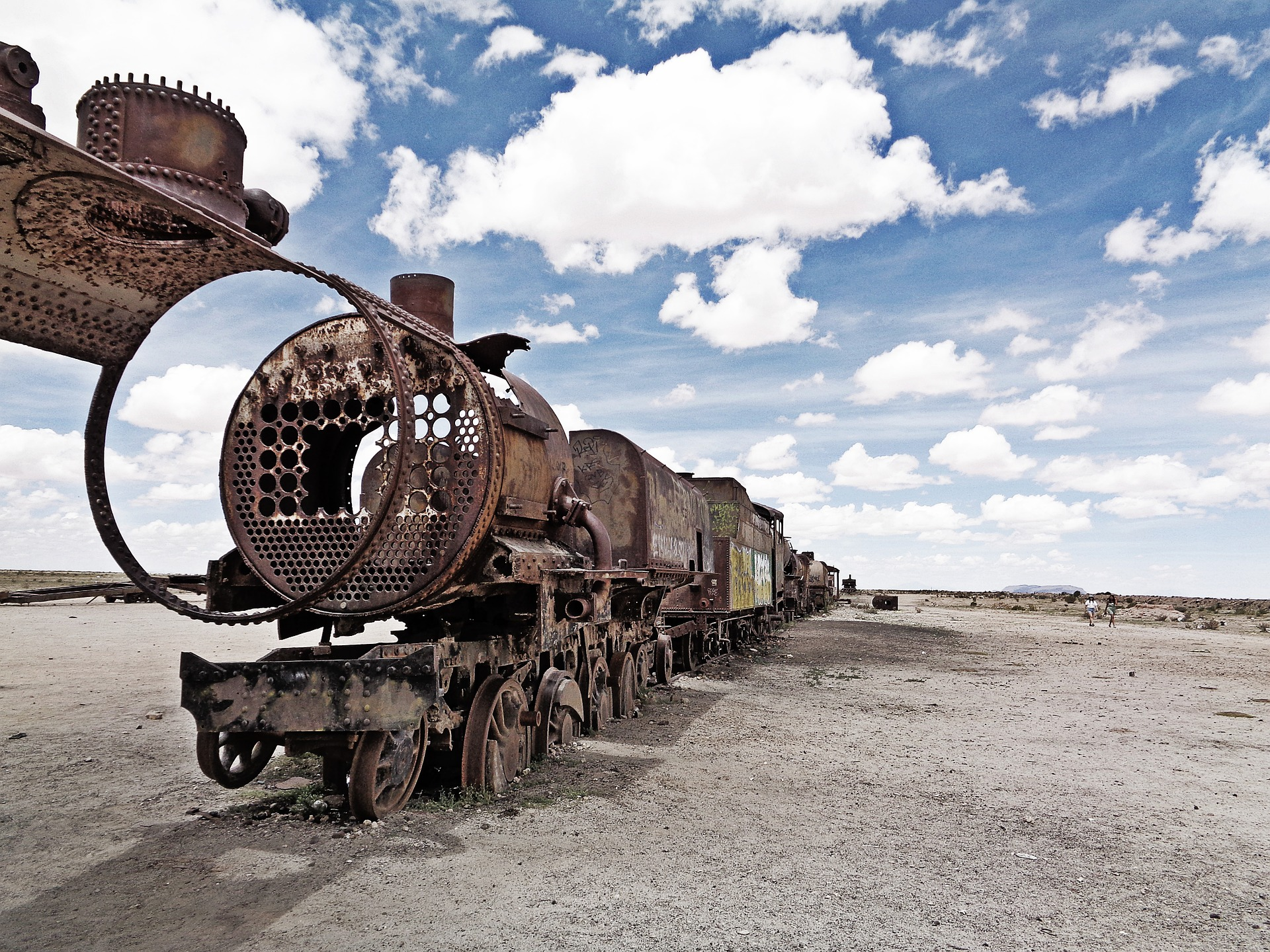 Uyuni Salt Flat & Coloured Lagoons | Cemetery of Trains, Uyuni , Bolivia