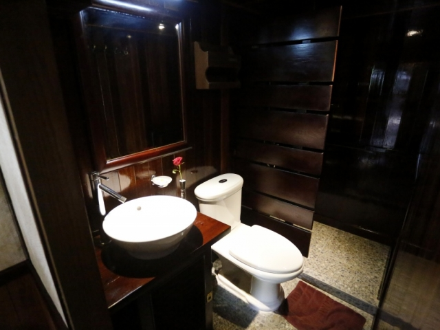 RV Indochine - Cabin Amenities