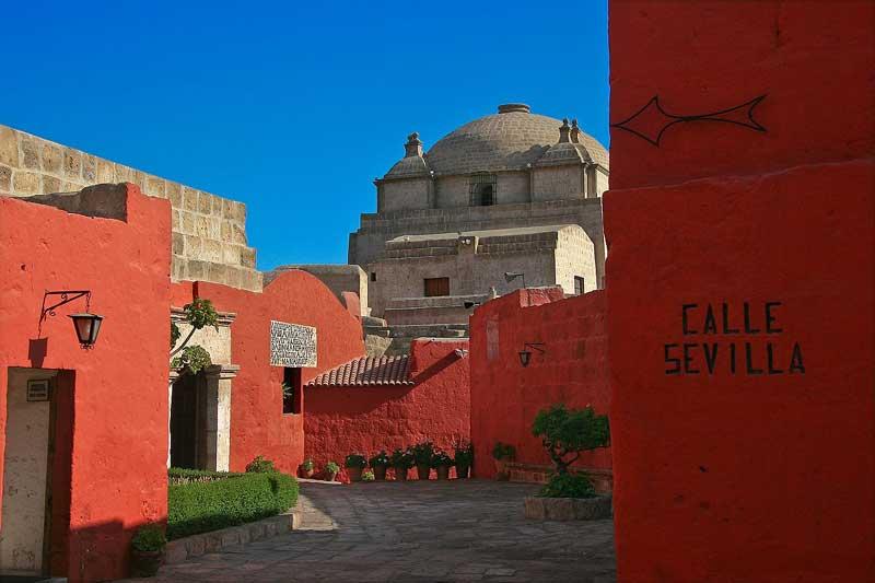 Handpicked Peru | Santa Catalina Monastery, Arequipa, Peru