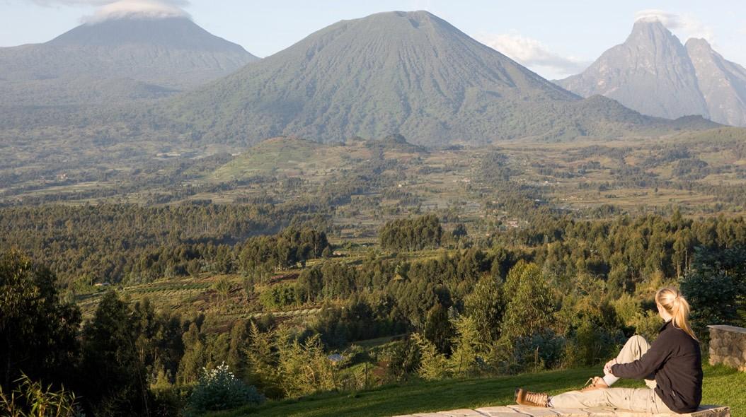 Gorilla Trekking - Sabyinyo Silverback Lodge, Volcanoes National Park