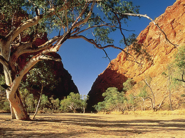 Outback Australia: The Colour of Red | Simpsons Gap, West MacDonnell Ranges, Northern Territory