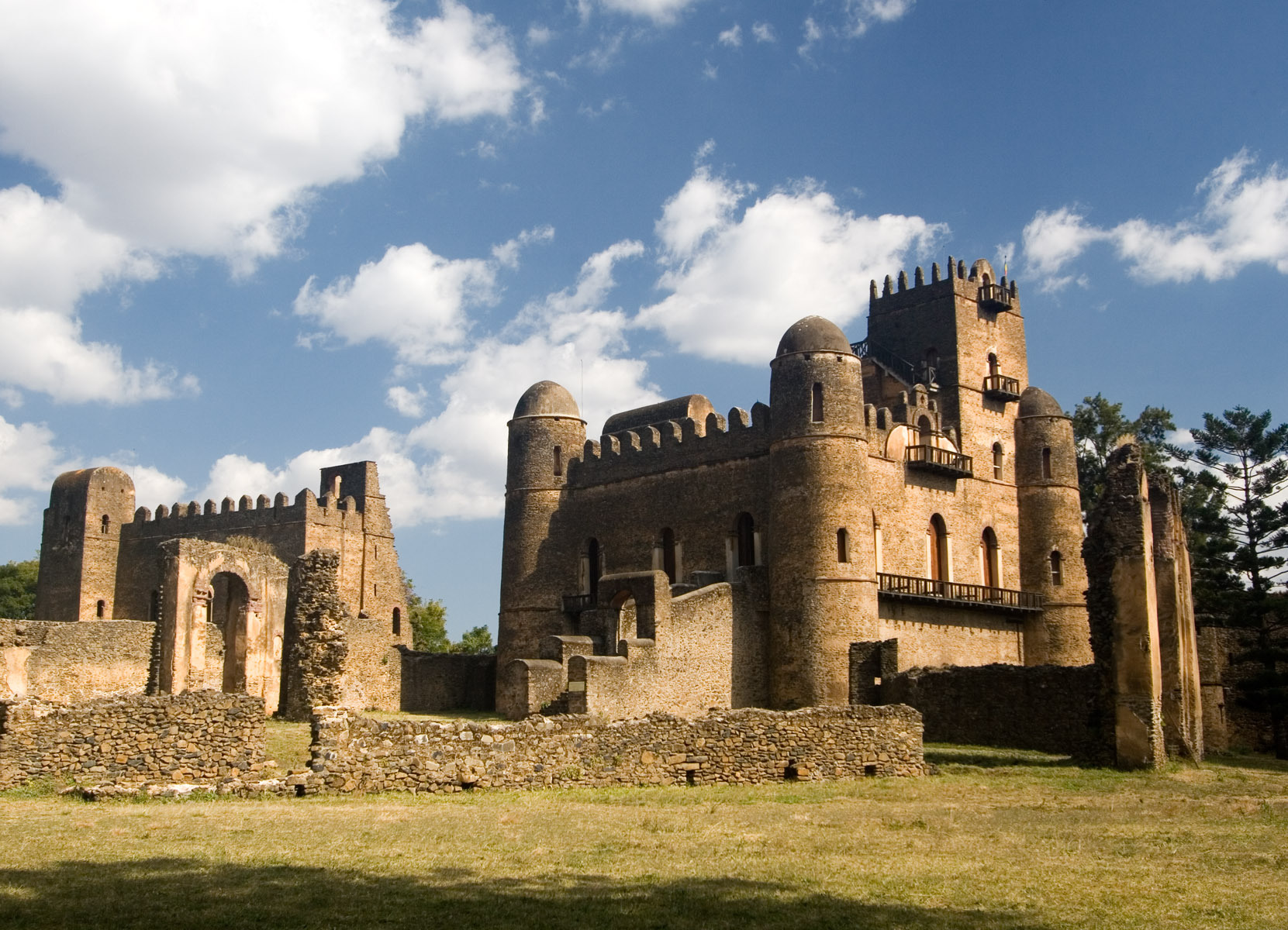 Ethiopia the Historic Route, Gondar Fasilides Palace