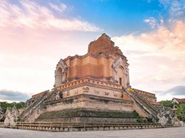 Treasures of Thailand, Chiang Mai, Wat Chedi Luang