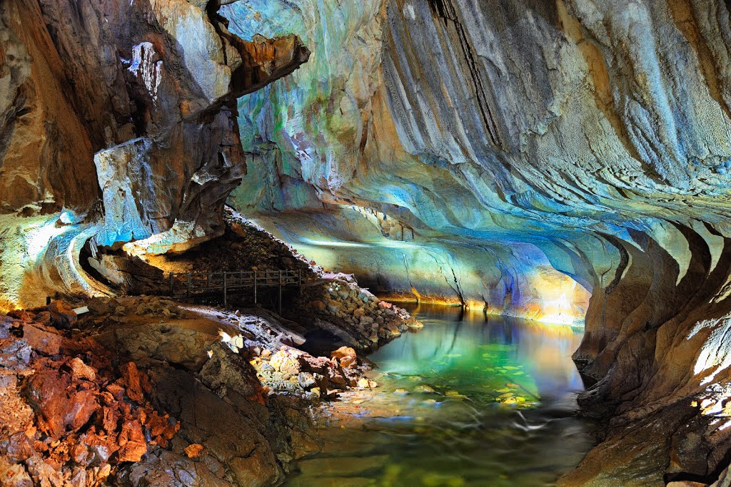 Mulu Cave Experience, Clearwater Cave