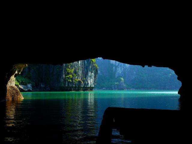 Vietnam Discovery | Halong Bay, Vietnam