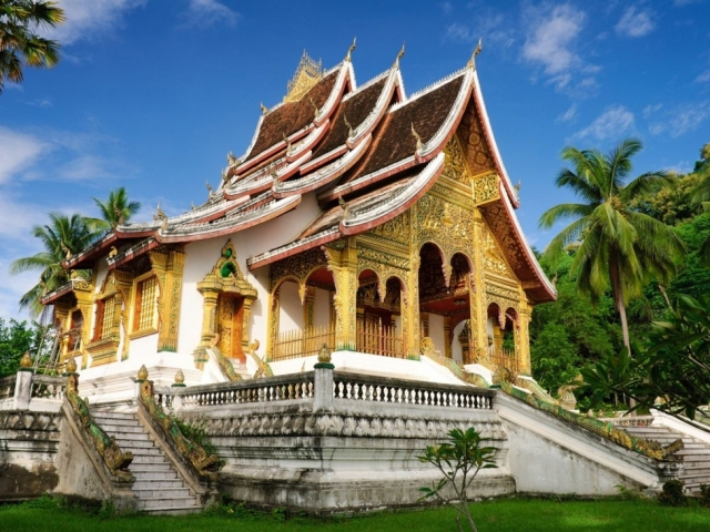 Highlights of Laos, Luang Prabang, Wat Mai temple