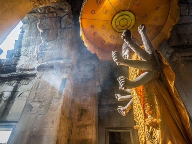 Secrets of Cambodia with Laos