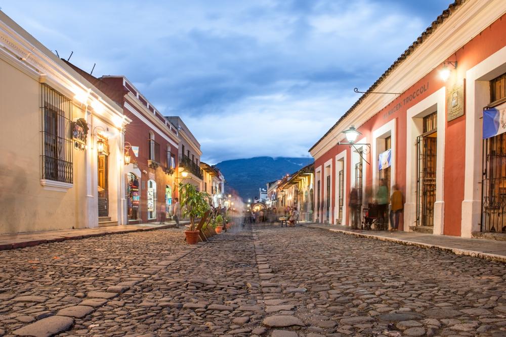 Basic Guatemala, Antigua