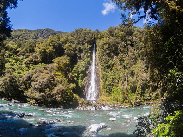 Southern Spirit, Haast Pass, Thunder Creek Falls