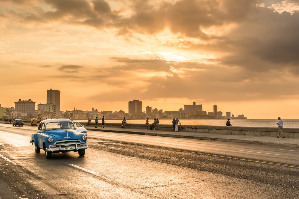 Havana Stopover, Vintage American in Malecon Avenue