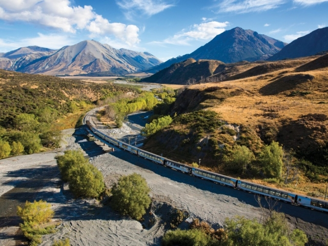 Southern Spectacular | TranzAlpine Train, New Zealand