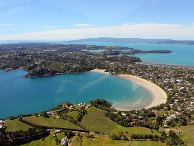 Inspiring New Zealand | Auckland Waiheke Island, New Zealand
