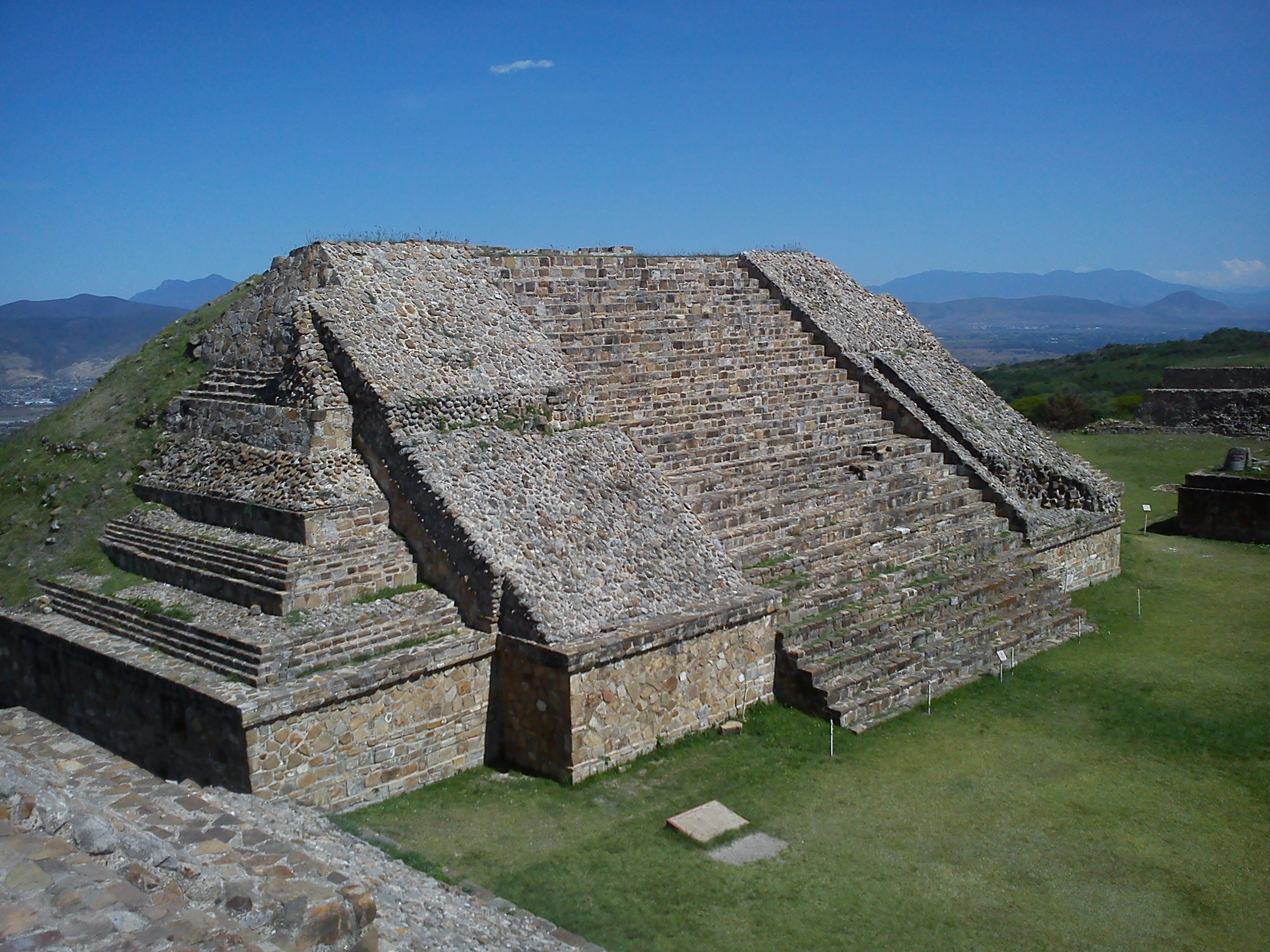 Taste of Mexico, Archaeological site of Monte Alban