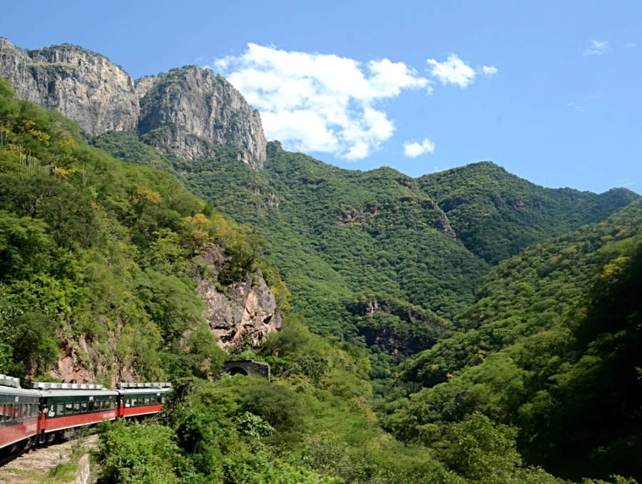 Copper Canyon | El Chepe Train, Divisadero, Mexico